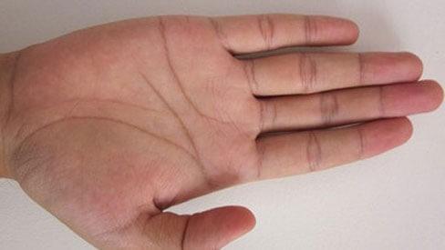 Tính cách của người có bàn tay chữ M và vận mệnh của họ